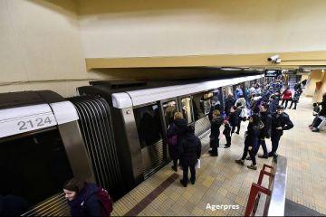 Sindicaliștii de la metrou pichetează Ministerul Transporturilor. Ce nemulțumiri au