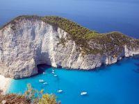 Unu din trei romani isi cumpara vacanta in rate. In tara, turistii prefera Mamaia si Predeal, in strainatate, Grecia