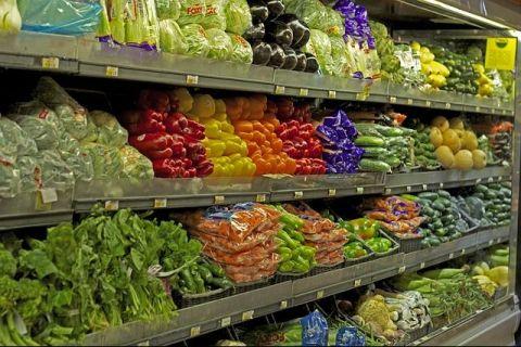 CE a lansat procedura de infringement impotriva Romaniei din cauza legii care obliga retailerii sa vanda produse romanesti in proportie de 51%.  Nu corespunde normelor UE