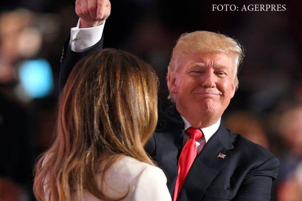 Donald Trump si sotia sa, Melania, la Conventia Nationala Republicana din Cleveland, unde Trump a devenit oficial candidatul republican la presedintia SUA. Foto: AP Photo/Mark J. Terrill