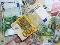 Euro coboara la 4,46 lei, nivel minim al ultimelor trei luni