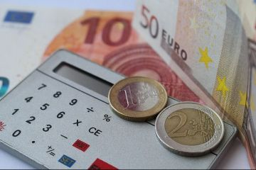 Leul s-a depreciat in raport cu principalele valute