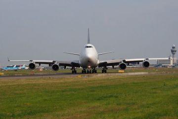 Boeing ar putea renunta la o legenda: 747.  Queen of the Skies  zboara din 1970 si a fost cel mai mare avion de pasageri din lume timp de trei decenii