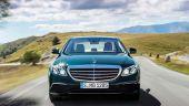Mercedes a vandut un numar record de masini in primul semestru, cu un avans de peste 30% in China. E-Class Saloon si Estate, vedetele de lux ale nemtilor