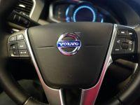 Volvo si Uber vor sa dezvolte impreuna tehnologii pentru masini fara sofer