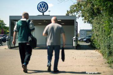 Volkswagen opreste productia modelului Golf hatchback la cea mai mare fabrica a companiei, din cauza unor probleme tehnice