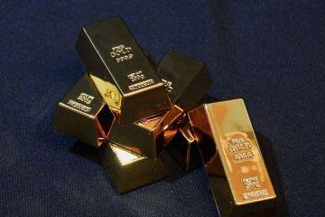 Preţul aurului crește, pe fondul incertitudinii create de atacul de la Barcelona și tensiunile din SUA