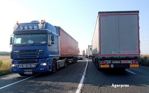 Drumurile proaste scumpesc cu 15-20% produsele și serviciile în România.  Ce face neamţul cu 10 oameni noi facem cu 15
