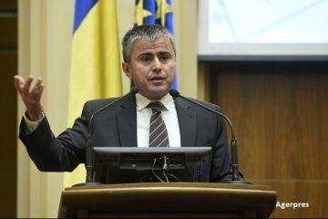 Secretarul de stat din Finante, Gabriel Biris, a demisionat, in urma scandalului dublarii CAS pentru angajati