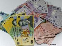 Bani noi, de la 1 ianuarie. BNR lansează monede şi bancnote cu noua stemă, iar cele vechi vor fi retrase
