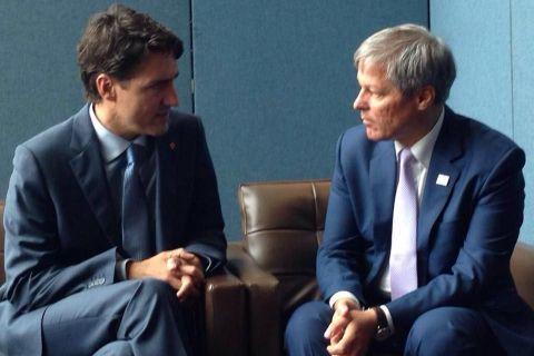 Dacian Ciolos a discutat, la New York, cu premierul Canadei despre ridicarea vizelor. Surse:  Exista perspective bune pentru ca vizele sa fie ridicate intr-un viitor apropiat