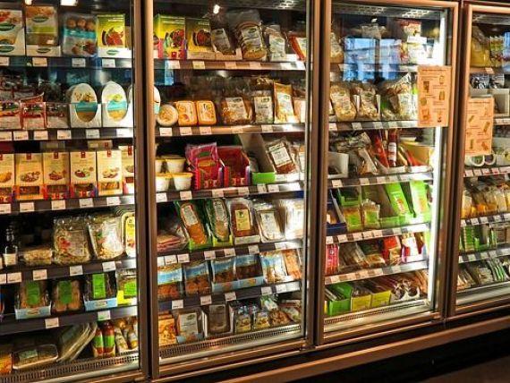 Decizie in scandalul alimentelor de calitate inferioara vandute in estul Europei. Comisia Europeana pregateste o metoda comuna de testare a calitatii produselor