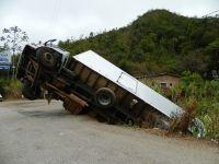 """Asiguratorii cer o lege a sigurantei in trafic, pentru reducerea accidentelor generate de soferii profesionisti: """"1 din 6 camioane produce un accident in fiecare an"""""""