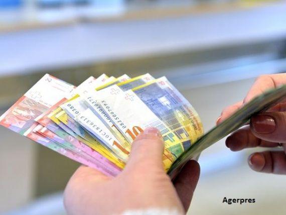 Banca Națională a Elveției a cumpărat un producător de polimeri pentru bancnote și pașapoarte