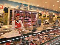 Kaufland Romania majoreaza salariul minim brut la 2.000 lei. Angajatii primesc si o zi de concediu in plus