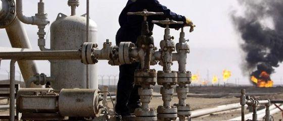 Rusia și Arabia Saudită forțează o ieftinire a petrolului, după ce au fost criticate de Donald Trump.  O fac pe tăcute