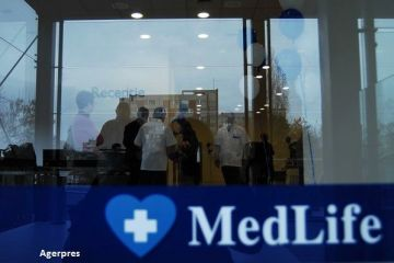 Medlife scoate la vanzare 44% din companie la BVB si incepe oferta publica pentru investitorii individuali. Subscrierea se efectueaza la pretul maxim de 35 lei/actiune