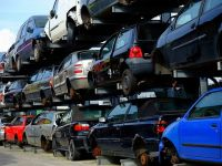 """Start la Programul """"Rabla"""". Guvernul alocă bani pentru achiziționarea a 19.000 de mașini clasice și 2.000 de mașini electrice. Cum se acordă voucherele în 2018"""