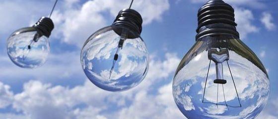 Energia electrica se ieftineste cu aproape 2%, de la 1 ianuarie