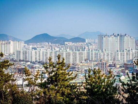 Apartamentele din marile orase continua sa se scumpeasca: preturile au crescut cu 6,5% intr-un an. Cel mai scump oras din Romania