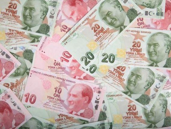 Lira turceasca s-a depreciat la un nou nivel record, dupa atacul terorist din noaptea de Revelion. Moneda a pierdut 19% din valoare, anul trecut