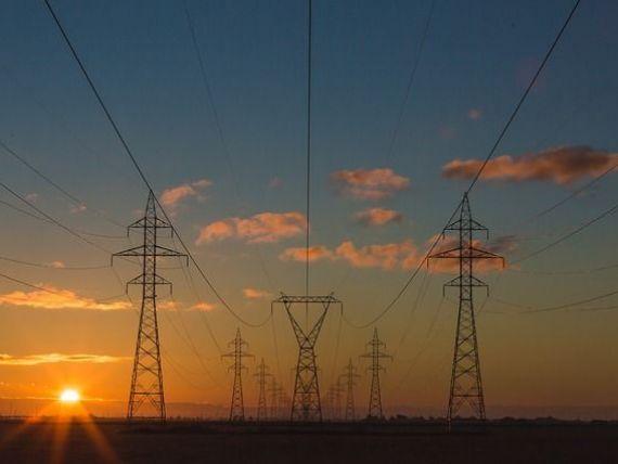 ANRE: Energia electrica pentru populatie se va scumpi cu cel mult 1%, de la 1 iulie