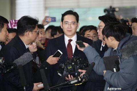 Procurorii cer arestarea mostenitorului imperiului Samsung, intr-un scandal de coruptie care zguduie Coreea de Sud