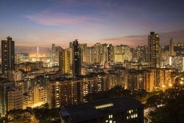 Hong Kong ramane, pentru al saptelea an consecutiv, cea mai scumpa piata de locuinte din lume