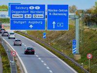 Germania a iesit invingatoare in disputa cu Comisia Europeana. Nemtii introduc, din toamna, taxa de autostrada pentru soferii straini