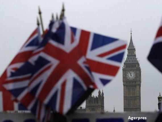 Unda verde pentru Brexit. Parlamentarii britanici au adoptat proiectul de lege al Guvernului de declansare a iesirii din UE