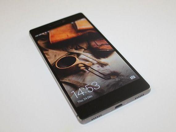 Chinezii au bătut iPhone-ul. Compania care a vândut mai multe telefoane decât Apple la nivel mondial