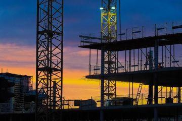 Guvernul elimină autorizația de construcție din proiectele finanțate prin Fondul de Dezvoltare şi Investiţii. Ce proiecte sunt eligibile