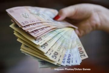 Rate mai mari si curs volatil. Analistii estimeaza o scumpire a creditelor odata cu cresterea inflatiei si un euro aproape de 4,65 lei, in 2017