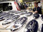 Ford renunță la producția unui model și anunță concedieri. Americanii au în vedere și închiderea de fabrici în Europa