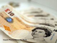 Lira sterlina a depasit 1,3 dolari, pentru prima oara din septembrie, sustinuta de cresterea vanzarilor de retail