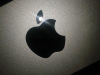 Guvernul SUA a cerut sa se implice in disputa Apple cu UE. De ce cere Bruxelles-ul gigantului american sa plateasca Irlandei 13 mld. euro, bani pe care Dublinul nu-i vrea