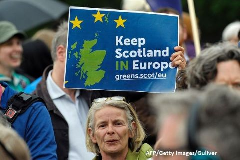 Fărâmițarea unui imperiu. Londra s-a împotmolit în negocierile pentru Brexit. Scoția și Țara Galilor vor mai multă putere să-și decidă viitorul, iar Belfastul nu vrea graniță cu Dublinul