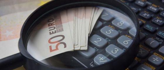 Comisia Europeana prognozeaza o cresterea economica solida in 2017 pentru Romania, dar avertizeaza ca deficitul bugetar se va inrautati