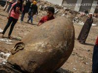 Una dintre cele mai mari descoperiri arheologice ale tuturor timpurilor: O statuie de 8 metri a lui Ramses al II-lea a fost gasita in noroi, intr-o mahala din Cairo