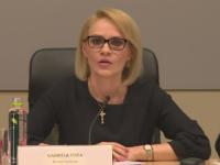 Gabriela Firea cheltuieste 175.000 de euro pentru a instala de 1.300 de beculete de Pasti, in Bucuresti