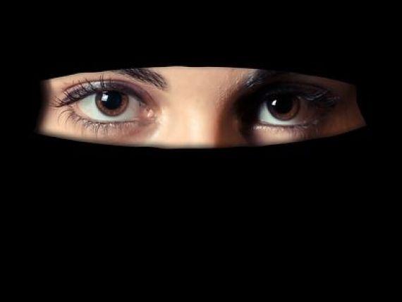Curtea de Justitie a UE da dreptul angajatorilor sa interzica purtarea la vedere a simbolurilor religioase la locul de munca, inclusiv valul islamic