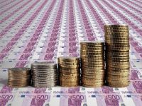Euro scade sub 4,56 lei, pentru prima data dupa cinci zile. Moneda unica ramane puternica in fata dolarului