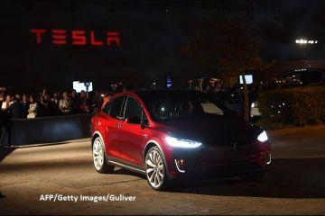 Elon Musk ataca China. Tesla discuta cu oficiali din Shanghai infiintarea unei fabrici de automobile electrice