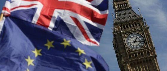 Demisie în Executivul de la Londra.  Nu pot, cu bună ştiinţă, să susţin felul în care se pregătește ieşirea ţării din UE.  Se cere al doilea referendum