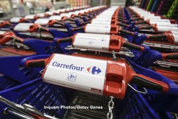Carrefour înrăutăţește estimarea privind profitul operaţional în 2017, pentru a doua oară în șase luni, pe fondul încetinirii vânzărilor