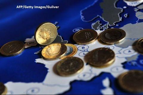 Brexitul, gata să bage Regatul în recesiune. Economia britanică s-a contractat de patru ori mai mult decât estimările, după ce industria a înregistrat cel mai semnificativ declin din 2002