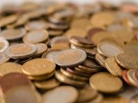 Rezervele valutare ale BNR au crescut in martie cu 200 milioane euro, la 34,7 mld. euro. Valoarea rezervei de aur a scazut, ca urmare a cotatiilor internationale
