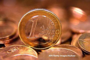Adoptarea monedei unice rămâne doar pe hârtie. Pentru al treilea an la rând, Guvernul nu își asumă o dată la care vom trece la euro