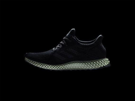 Adidas va produce pantofi sport in serie, fabricati cu imprimante 4D