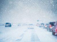 Un val neobisnuit de frig si ninsori se abate peste Romania incepand de azi. In aproape toata tara vor cadea ploi abundente